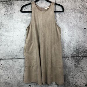 Aritzia // Wilfred // Trompette Dress
